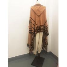 Écharpe à franges tricotée sur mesure