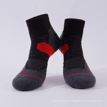 Летние спортивные носки