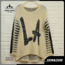 Suéter de letras extragrande de mujer