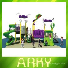Équipement d'aire de jeux extérieur neuf et de conception commerciale pour enfants