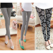 Fashion Women New Pattern Printed Leggings (SR8222)