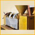 Fábrica de extractor de aceite de prensado en frío Máquina combinada de prensa de aceite Yzlxq140