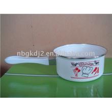 Emaille-Milchkännchen mit Kunststoffgriff
