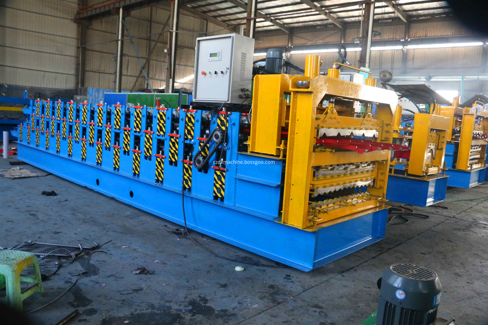 three corrugate roll forming machine