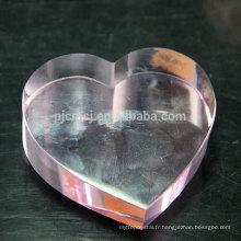 Presse-papier en cristal en forme de coeur personnalisé en gros