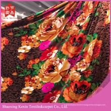 Tissu en molleton de flanelle modèle unique et couverture