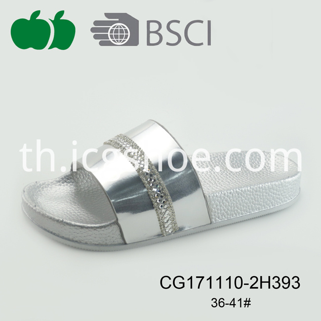 new style hot sale slipper