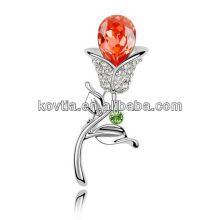 Yiwu supplier rhinestone brooch beautiful rose flower shape brooches white gold ruby brooches