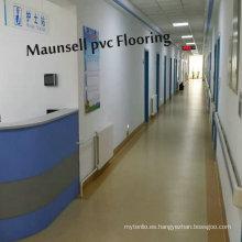Pisos interiores para uso médico / hospitalario con material de PVC / vinilo