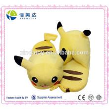 Pikachu Plush Slipper em Hotsale