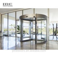 Design da porta pivotante da entrada principal do hotel