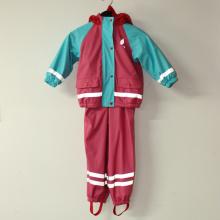 Conjunto rojo y azul cielo PU sólido reflectante chubasquero para los niños/bebés