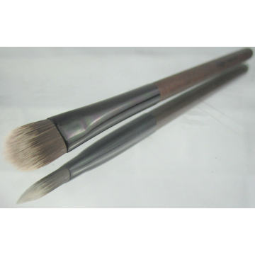 Foundation Brush with Nylon Hair (t-17)