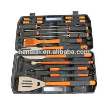 Caja de plástico 18pcs conjunto de herramientas para asar