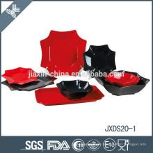 20pcs Porzellan Quadrat Abendessen Set, Teller-Set, rot und schwarz Mix Farbpalette