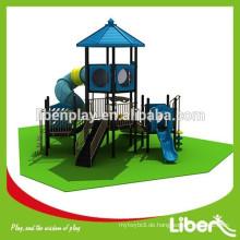 New Design kommerziellen Spielplatz Ausrüstung mit Holz-Spielsets in China