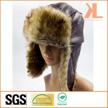 Craie d'agneau et fourrure artificielle Ushanka chapeau d'hiver avec rabat d'oreille