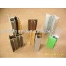 Profilé en aluminium pour portes coulissantes et portes