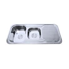 bacia dobro de aço inoxidável com o dissipador de cozinha do drainboard