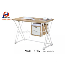 China Modern good latest design home and office wooden computer desk