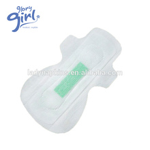 Atmungsaktive Winged Form-Grün-Chip-Damen-Anion-Hygiene-Serviette Exporteur