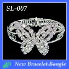 Vente en gros Nouveaux bracelets à bijoux en forme de papillon à la mode, bracelet en strass