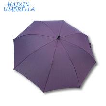 Le meilleur cadeau pour le partenaire commercial en gros 60 pouces arqué couleur pourpre à long arbre Golf Umbrella Fiberglass avec poignée en mousse