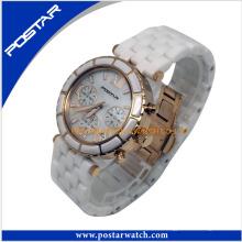 Attractive ronde montre numérique montre charmante avec des pierres
