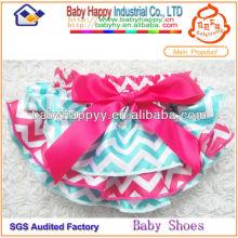 Bloomer del bebé de la manera del satén del tacto suave de lujo al por mayor fresco fresco al por mayor para el niño