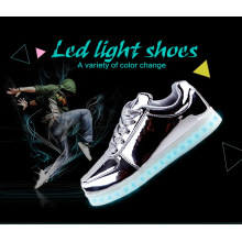 Unisexe Femmes Hommes USB Chargeur Lumière Flashing Sneakers Chaussures LED