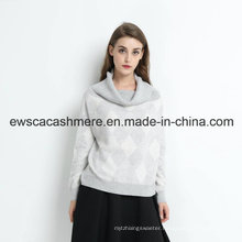 Lady Turtle Neck Cashmere Sweater with Fashion Intarsia