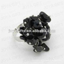Envuelva los anillos con la piedra del viruta del Onyx negro