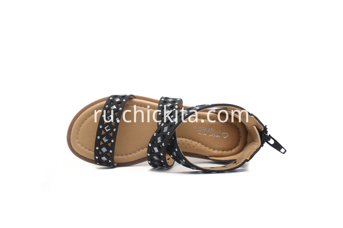 Children Flat Fashion Sandals with Laser Cut And decorative rivets
