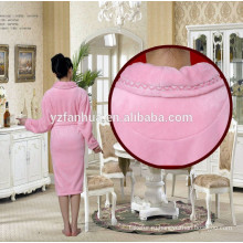 Фабрика низкая цена OEM женщин Фланелевые халаты 100% полиэстер материал