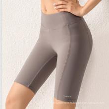 2021 Nouveautés Pantalons de yoga courts et solides pour femmes