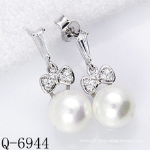 Latest Styles Pearl Earrings 925 Silver (Q-6944)