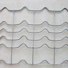 Treillis métallique renforcé par canalisation