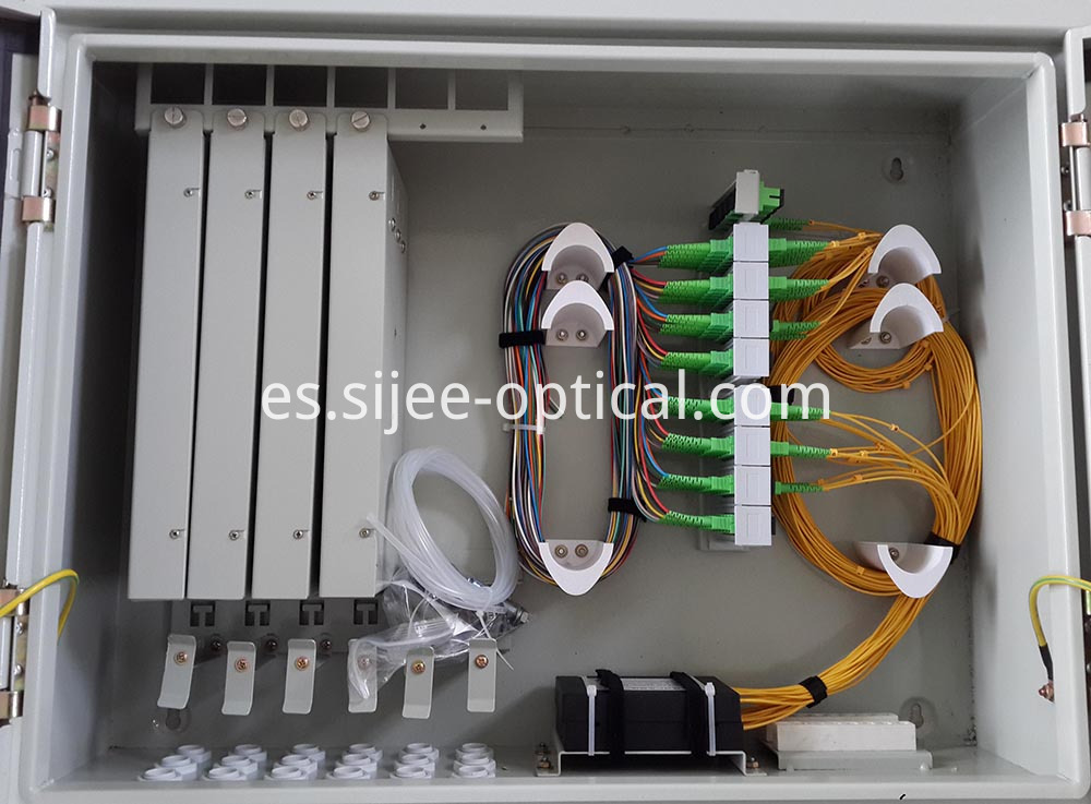 Fiber Optic Distribution Hub