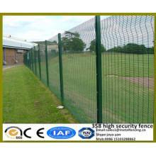 International anti vol Futur populaire PVC enduit 4mm galvanisé fil soudé de haute qualité panneaux de clôture en métal avec solides postes H