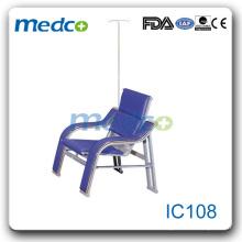 IC108 Лежащие больничные кресла