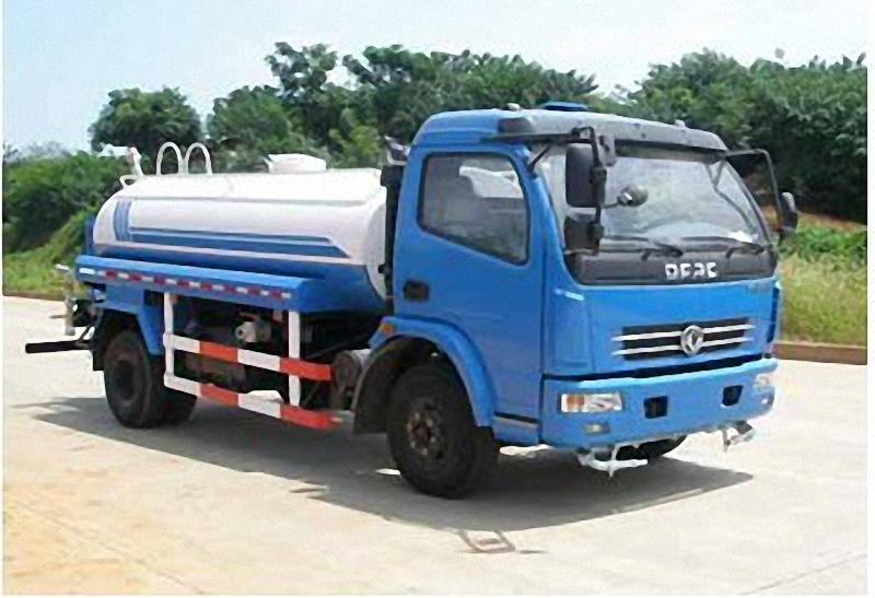 Suction Sewage Truck 4