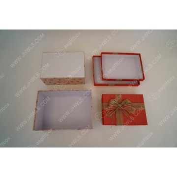 Butterfly-knotted linen gift box