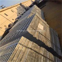 Bande de roulement d'escalier à caillebotis en acier galvanisé