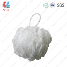 White lace sponge mesh ball