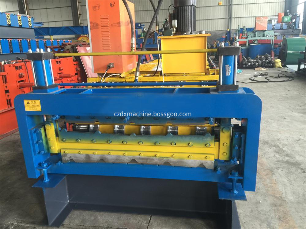Double layer roll purlin forming machine