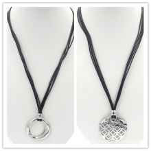 Rock Men′s Stainless Steel Pendant Leather Necklace