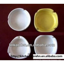 Haonai 2014 white round and triangular ceramic ashtray for sale