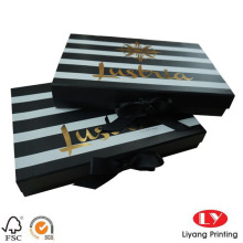 Flat folding cardboard gift box ribbin closue