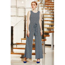 Wrap Front Jumpsuit com Wrap Layers on Leg e Cold Back