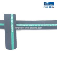 manguera hidráulica usada que prensa la manguera de goma hidráulica de la máquina